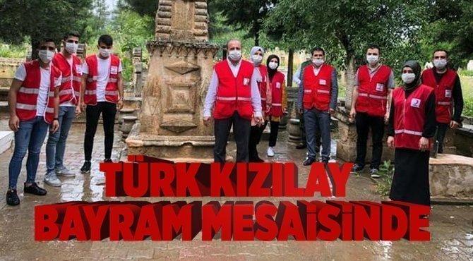 Türk Kızılay Ekibi Bayramda Sahada