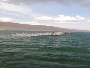 Hasankeyf'teki yüzer liman koptu